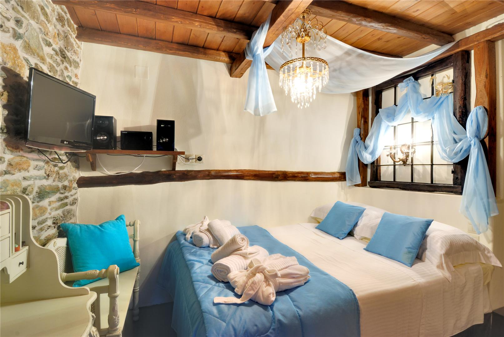Thetis Villa Second BedRoom EN